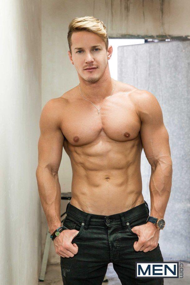 Nude bodybuilder picks