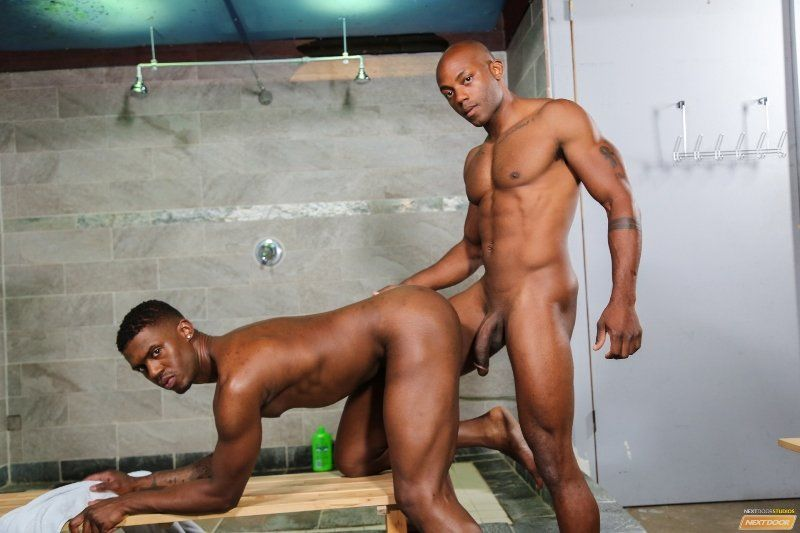 gay extreme anal clamp stretching
