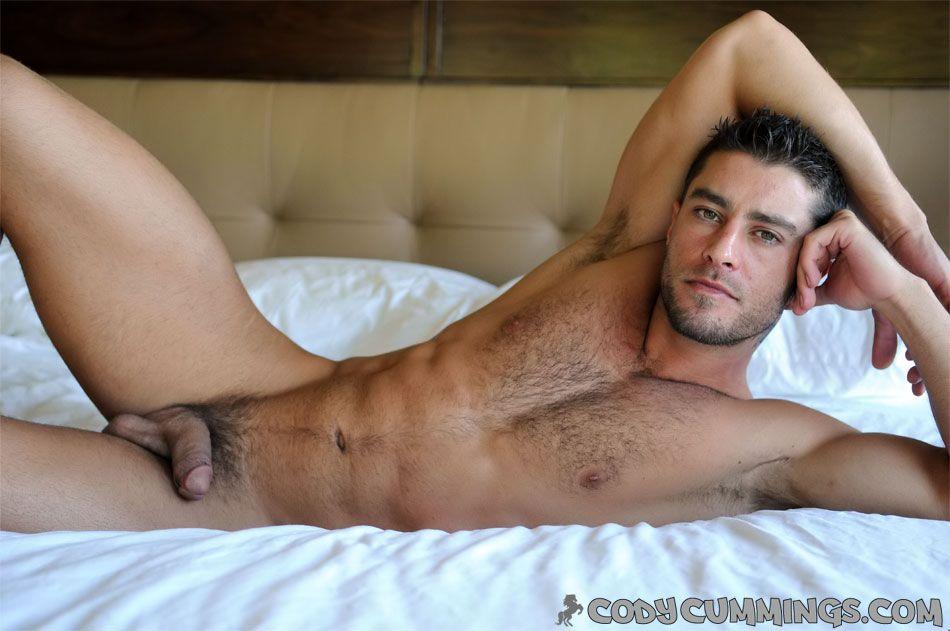 Garoto gostoso sensualizou em fotos de nudez