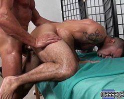 Vídeo porno de homem gostoso coxudo dando a bunda