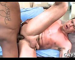 Sexo anal profundo no cu do sarado enrustido
