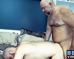 Xvideos coroas gays fazendo sexo gostoso