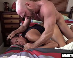Contos picantes gays macho bruto comendo passivo